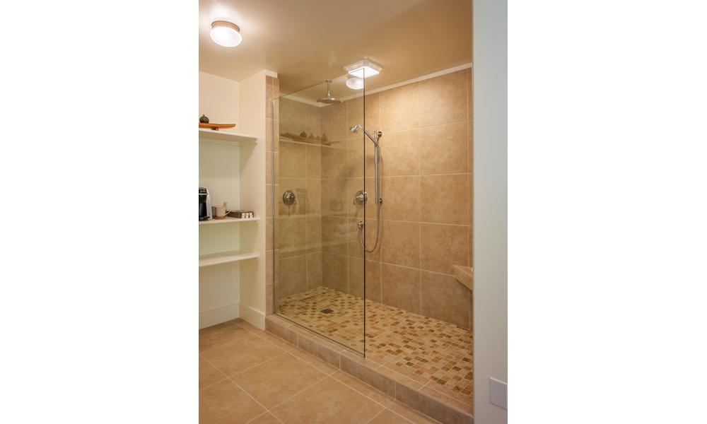 Hillside-Shower